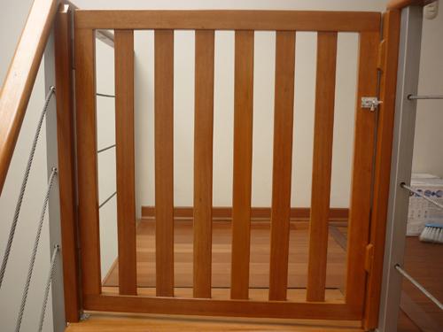 Rejas de madera mallasmallas - Proteccion escaleras ninos ...