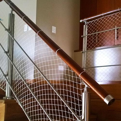 mallas de seguridad para escaleras